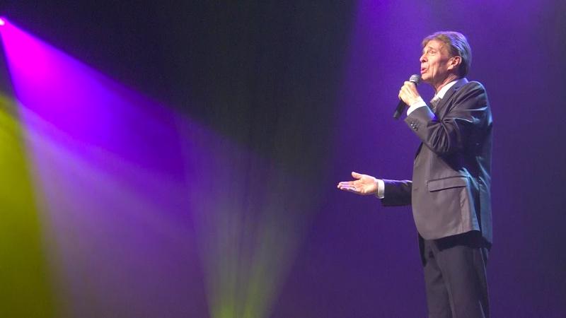 Paul Severs tijdens opname De Vlaamse Top 10 van MENT