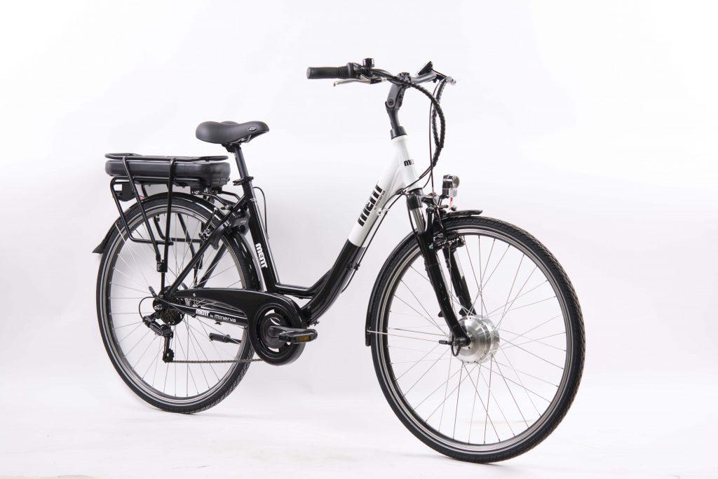 foto e bike motor voorwiel vrouw